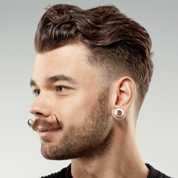 Awesome Short Wavy Hairstyle 1